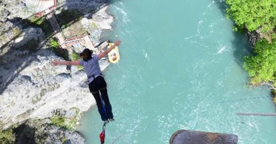 isabella bungee jump